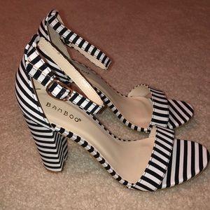 NWT, Bamboo black & white stripe ankle strap heel
